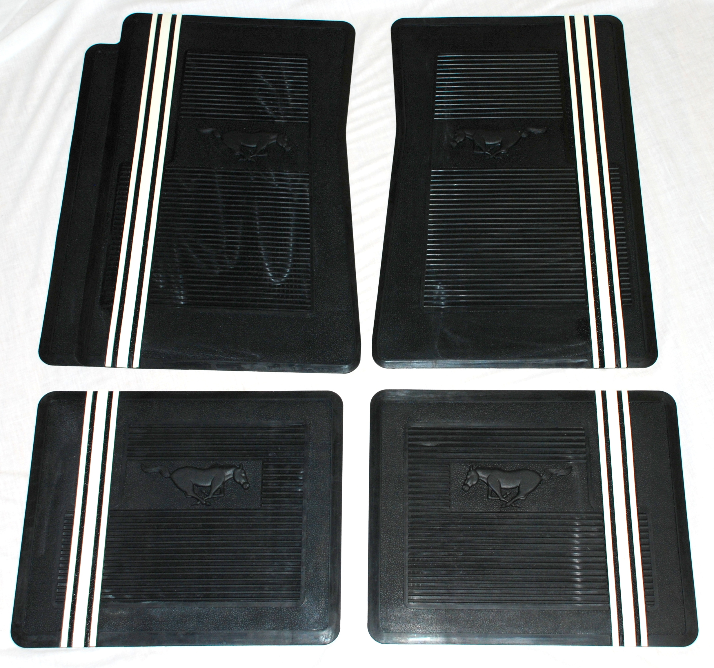 Rubber floor mats with mustang logo - Rubber Floor Mats With Mustang Logo 21